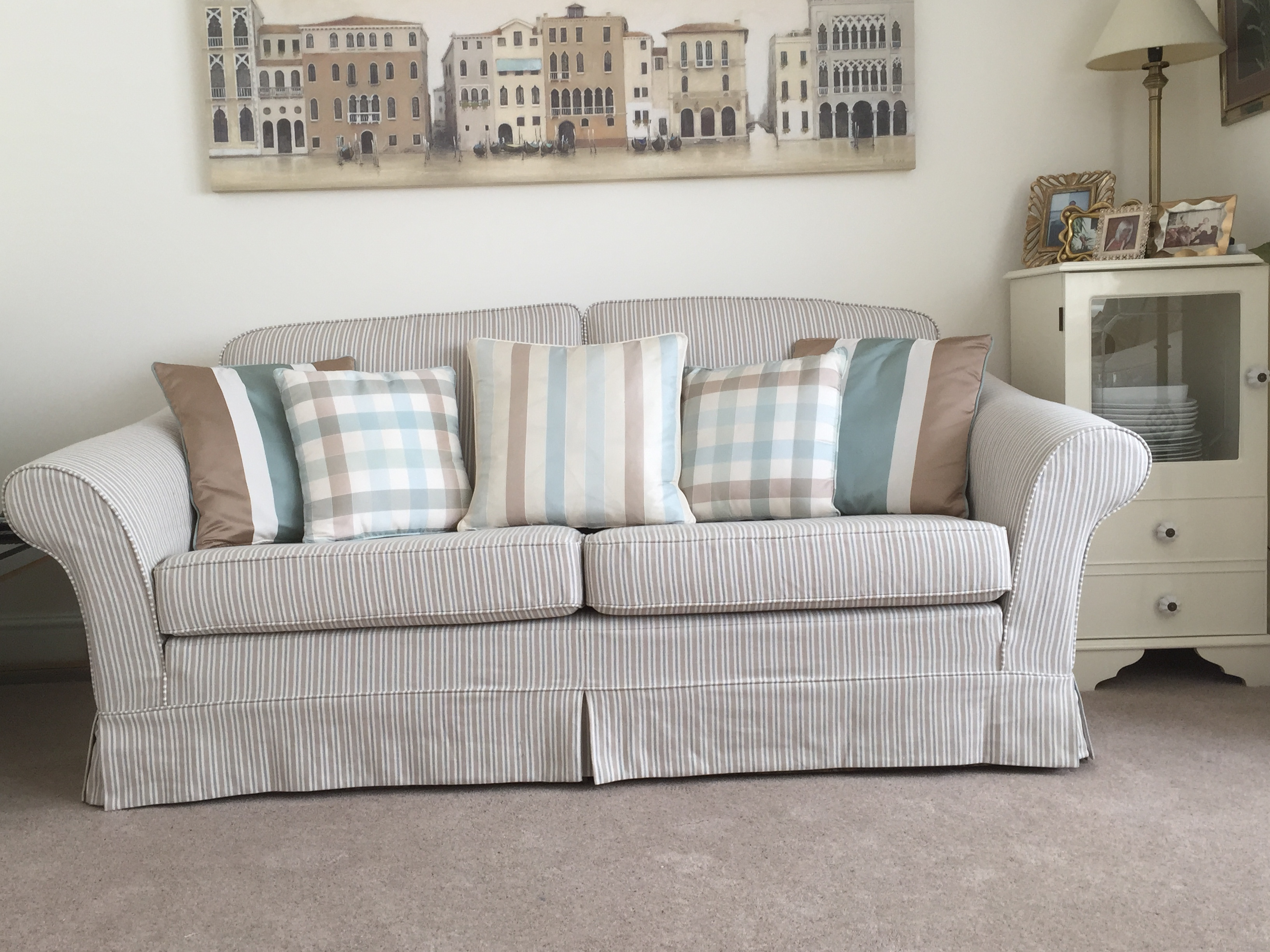 Eeze Covers - For new easy fitting Sofa covers and tailored loose covers